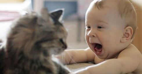 Bebeklerde otizm nasıl anlaşılır