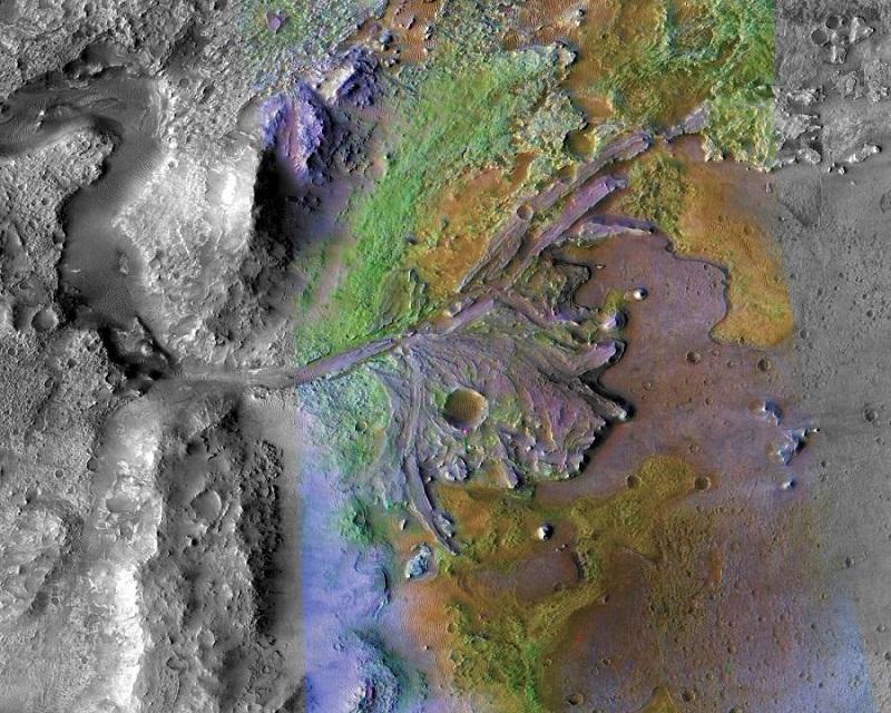 Mars'taki Kayalar Yaşam İzleri Taşıyor Olabilir